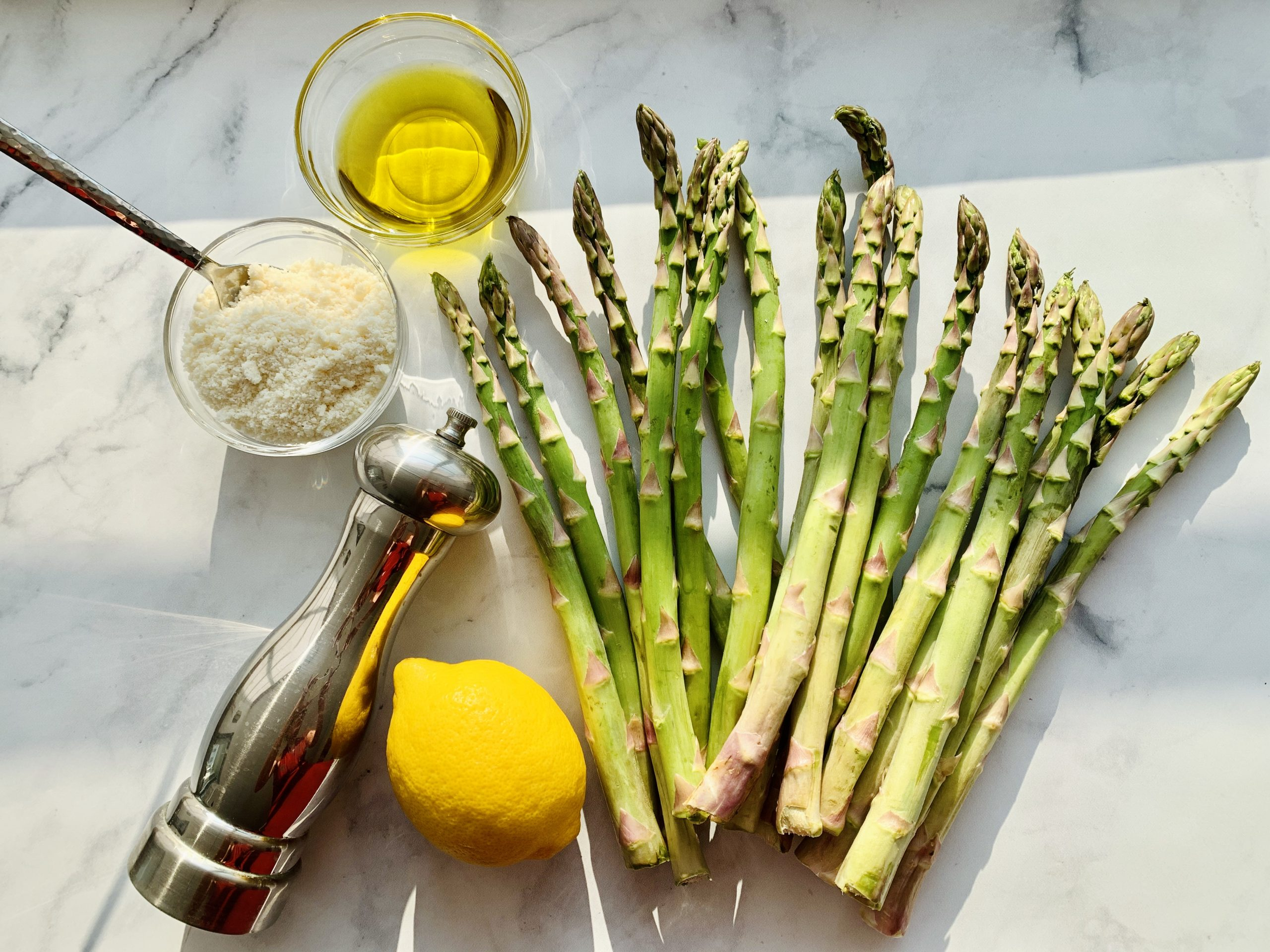 Ingredients for Asparagus with Lemon and parmesan