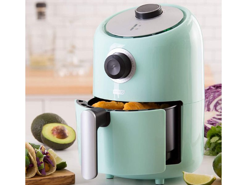 SMALL AIR FRYER BY DASH